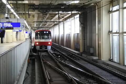 京急蒲田で普通列車に乗り換え