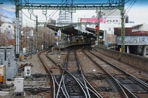 品川駅に到着