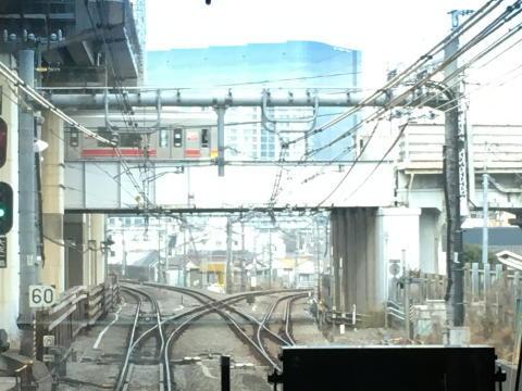 横須賀線と湘南新宿ラインの分岐点
